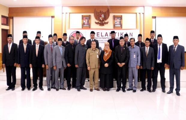 Acara Pelantikan Panitia Pengawas Pemilihan Kota Denpasar, Kabupaten Badung, Tabanan, Jembrana, Bang