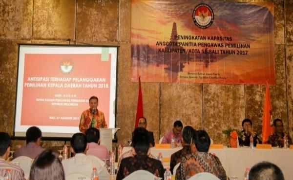 Peningkatan-Kapasitas-Anggota-Panitia-Pengawas-Pemilihan-KabupatenKota-Se-Bali.html