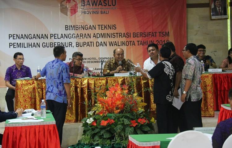 Bawaslu Bali Gelar Bimbingan Teknis Penanganan Pelanggaran Administrasi Bersifat TSM Bagi Panwas Kabupaten/Kota se-Bali