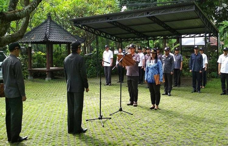 Bawaslu-Bali-Peringati-Hut-KORPRI-Ke46-Tahun.html
