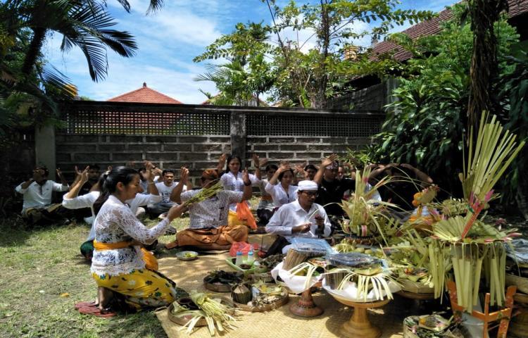 Bawaslu-Bali-tempati-kantor-baru.html