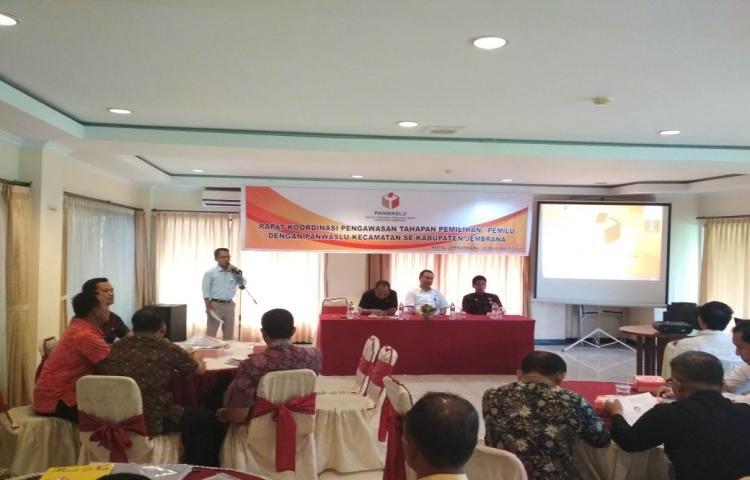 Rapat Koordinasi Pengawasan Tahapan Pemilihan/Pemilu dengan Panwas Kecamatan se-Kabupaten Jembrana
